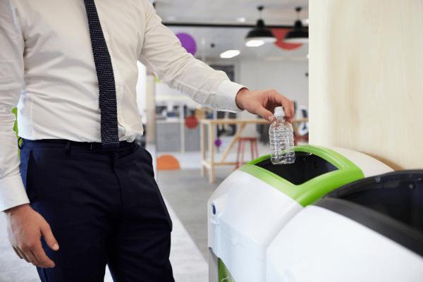 Reciclarea la birou – ce poti face pentru protejarea mediului